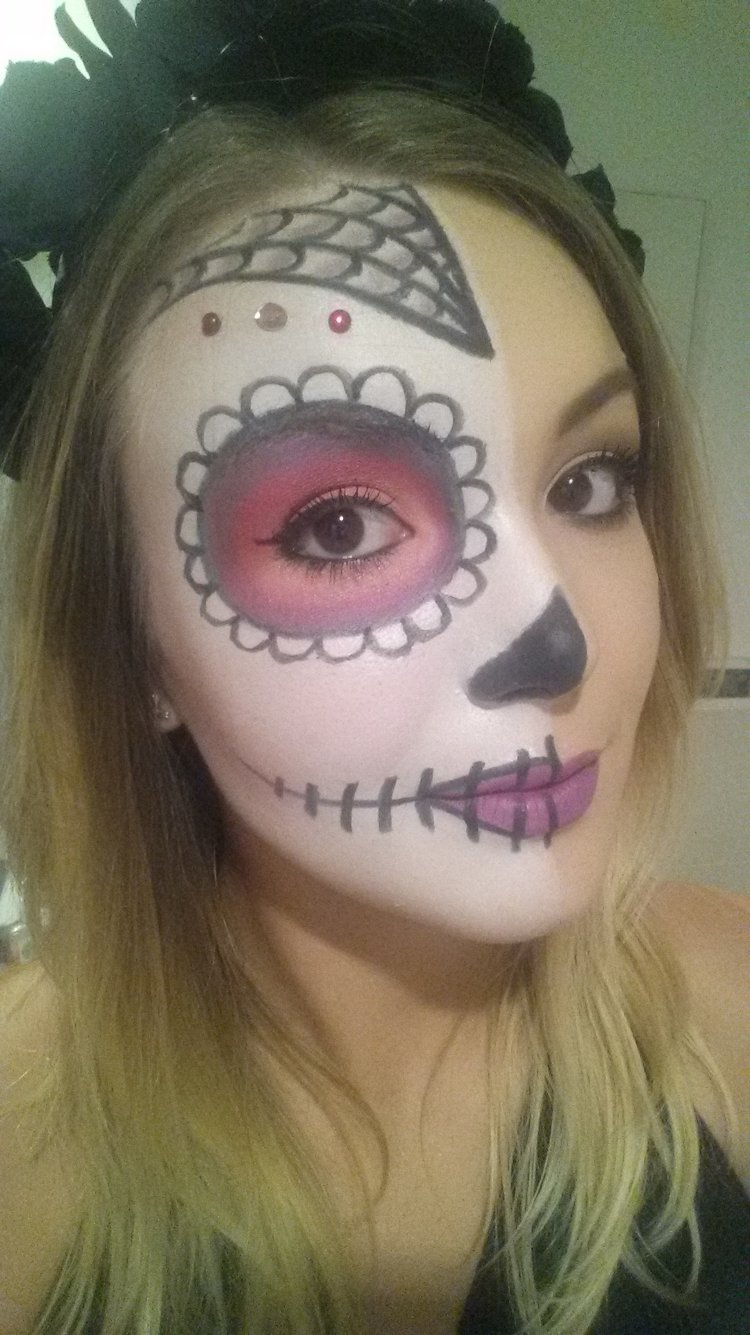 Easy Half Face Sugar Skull Makeup - Mugeek Vidalondon